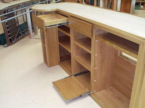 Drawers and rollout shelves keep things handy